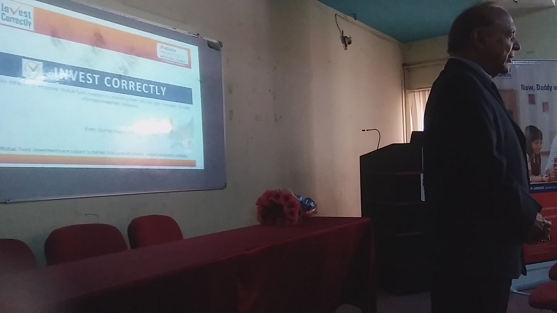 Guest lecture by Mr. Bhavnarayan from ICICI Mutual
